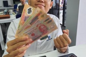 Gặp mặt nhau ngày giỗ tổ Hùng Vương cũng có tiền ạ